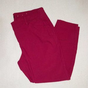 Magical Magenta Capris